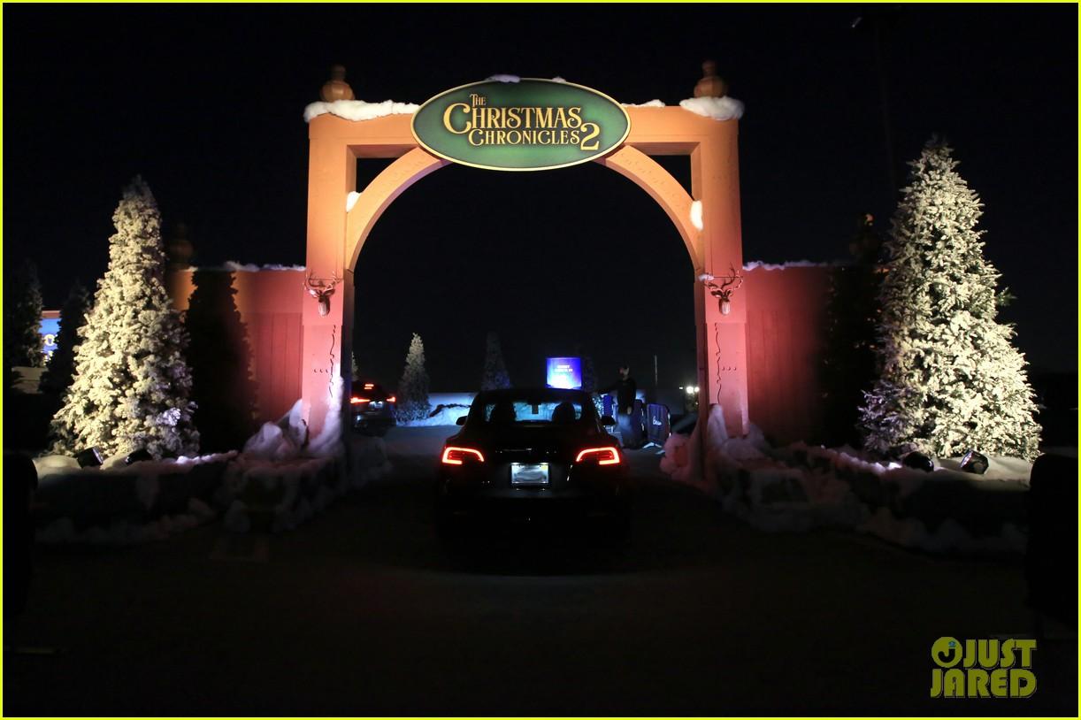 goldie hawn birthday kurt russell christmas chronicles 2 screening 174501992