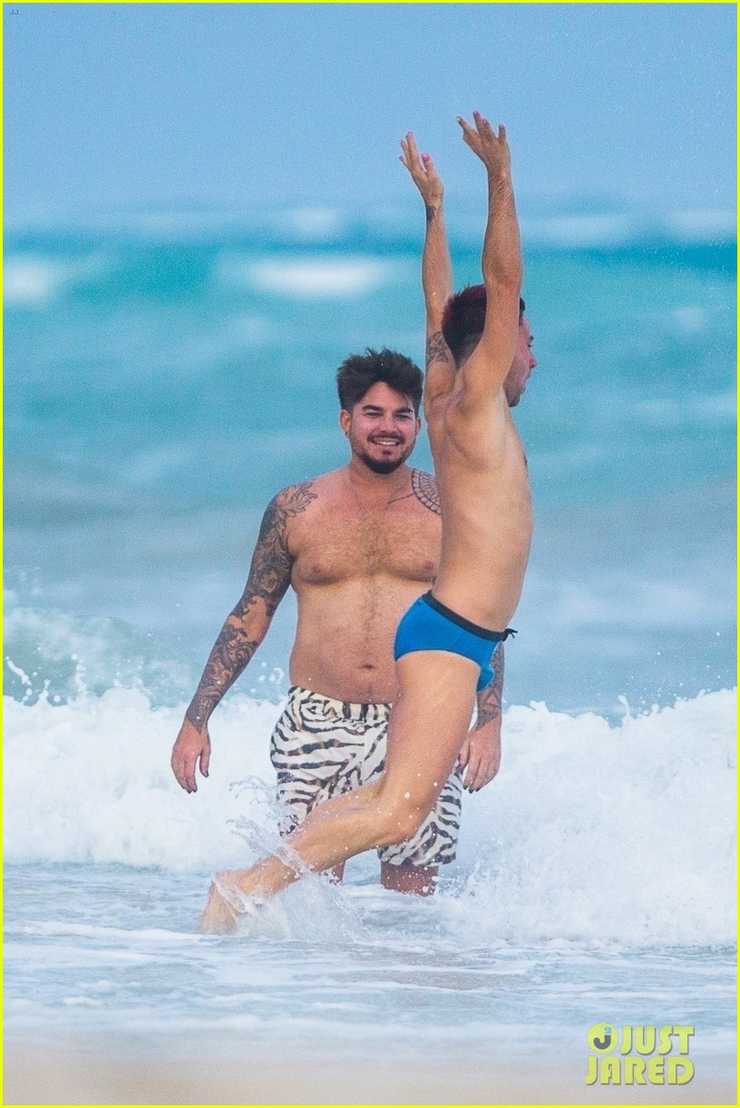 adam lambert packs on pda with new boyfriend oliver gliese 014502003