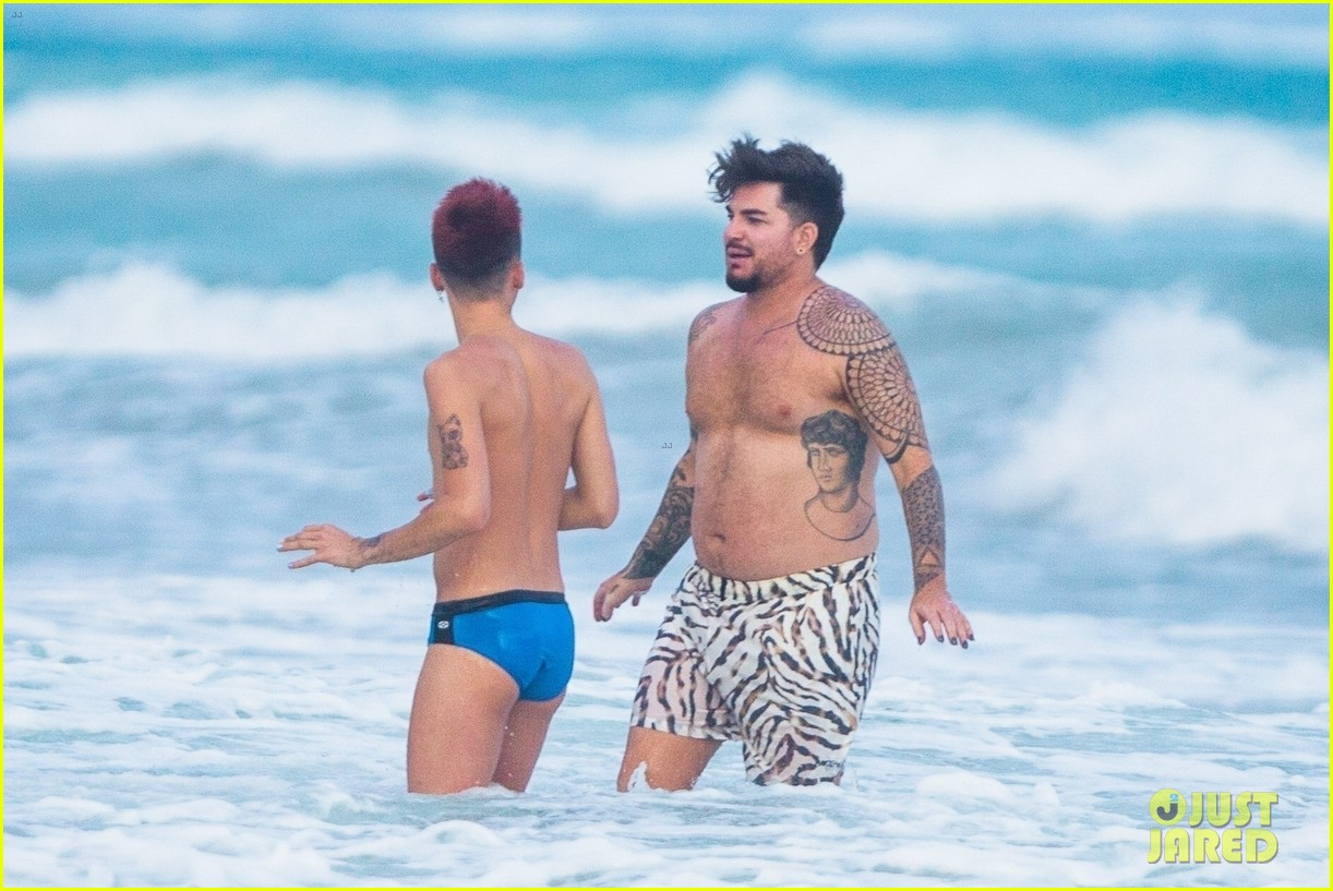adam lambert packs on pda with new boyfriend oliver gliese 154502017