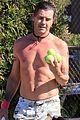 gavin rossdale bares his abs playing tennis 04