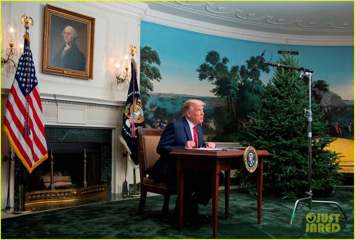 trump tiny desk november 2020 014504177