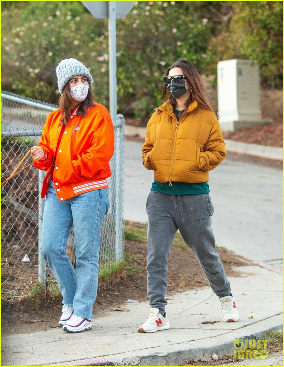 pregnant emily ratajkowski bundles up walk with friend 054512452