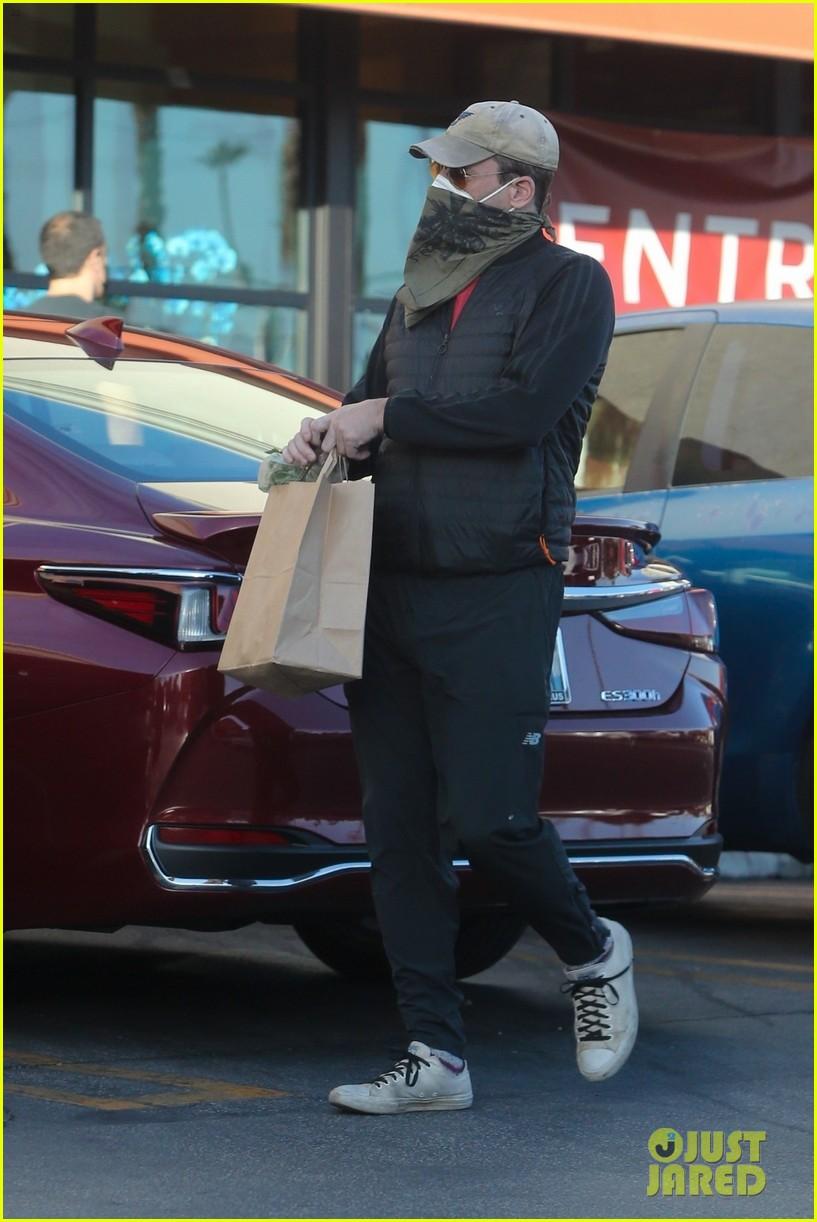 jon hamm face mask bandana grocery shopping 054508285