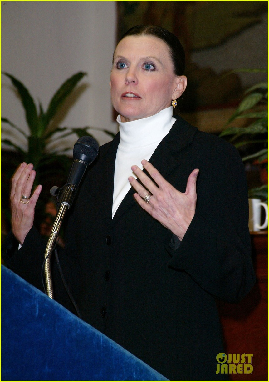 ann reinking has died 074508707