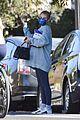 emma roberts runs errands waits to give birth 01