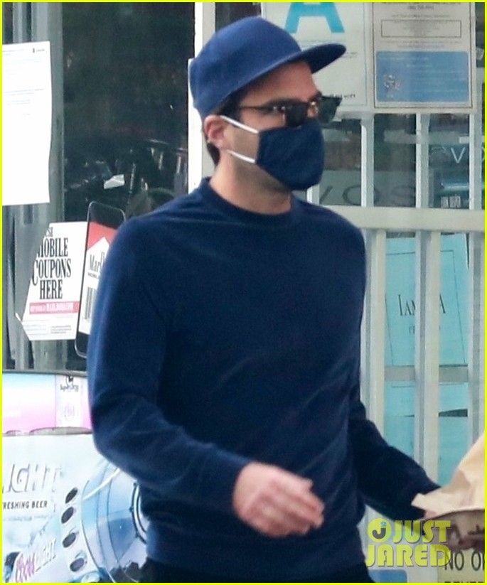 zachary quinto cool in blue picking up breakfast 024512428