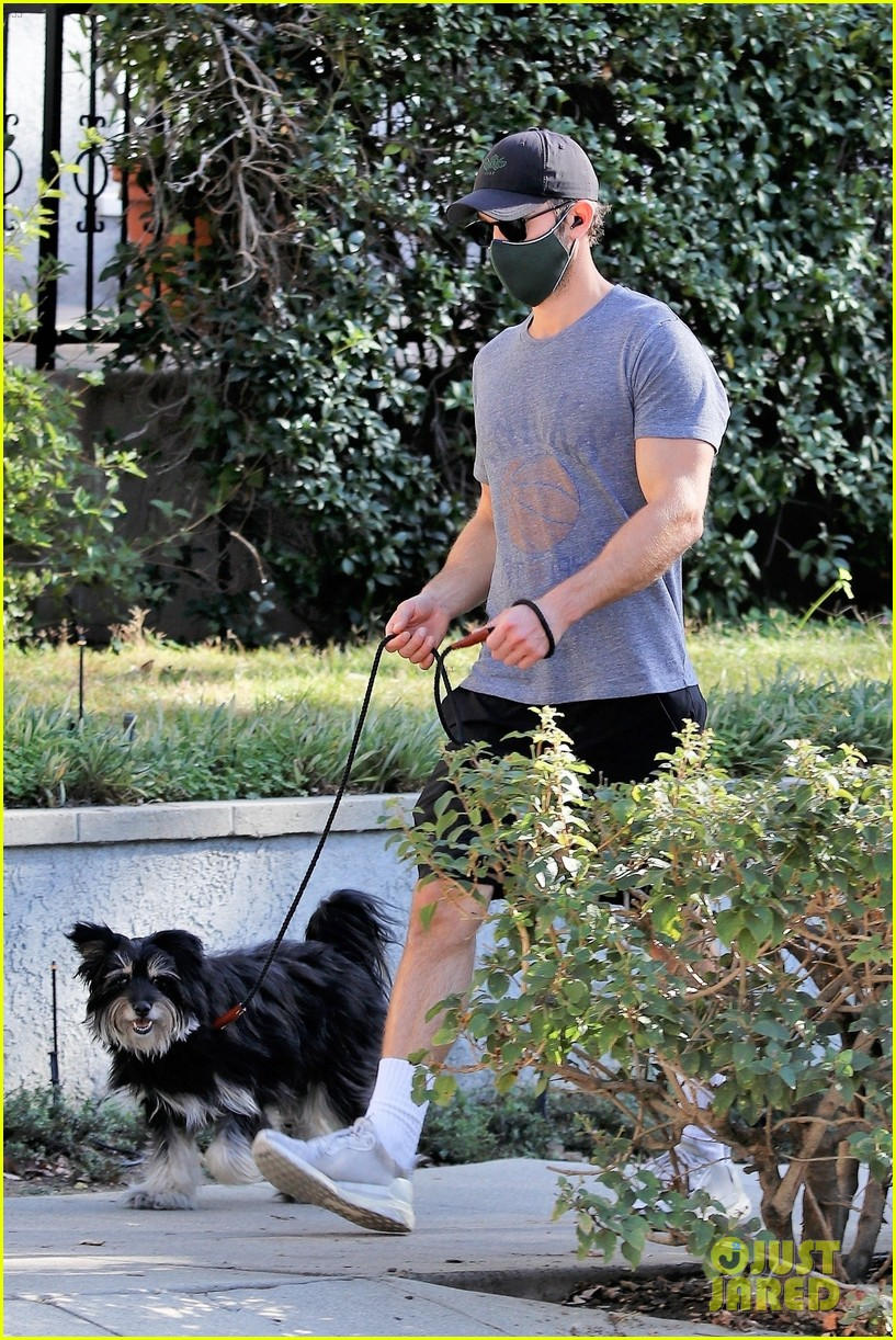 chace crawford candid photos 044516140