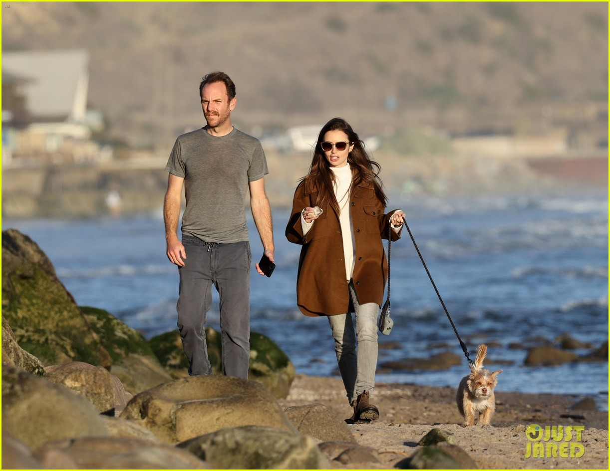 lily collins charlie mcdowell beach walk 014516071