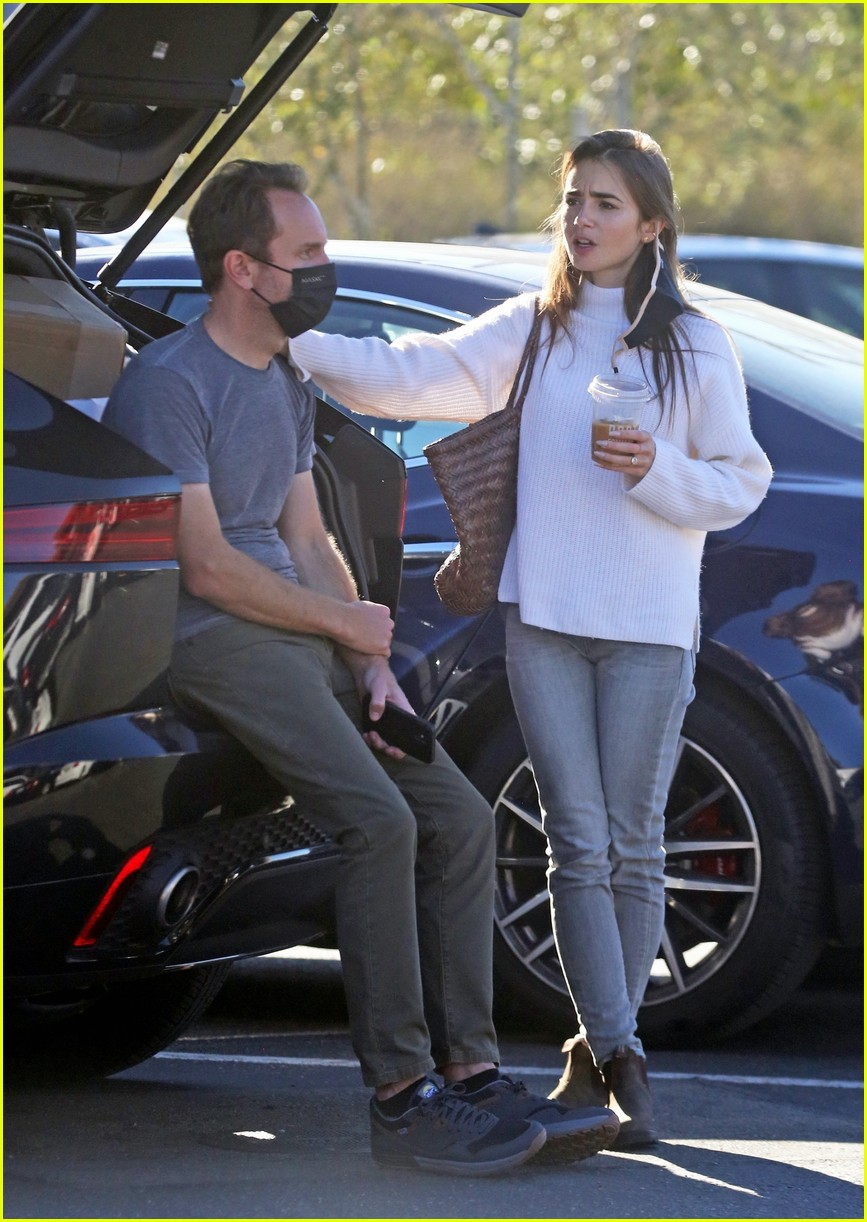 lilly collins recycling 174516615