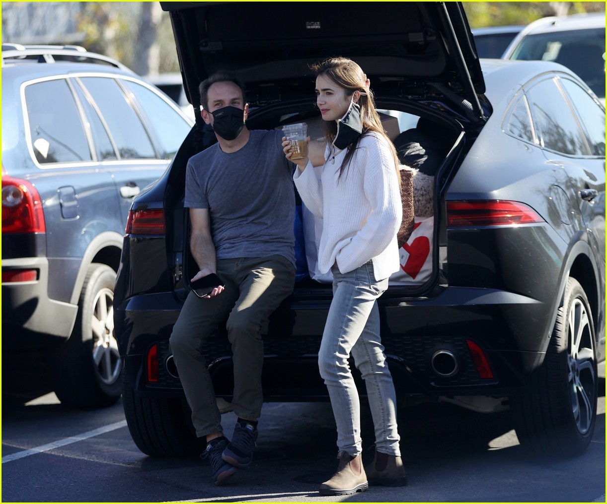 lilly collins recycling 294516627
