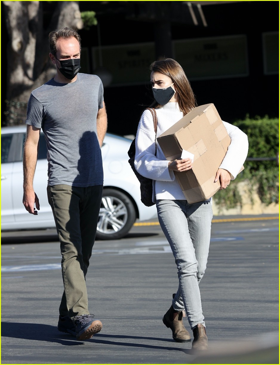 lilly collins recycling 364516574