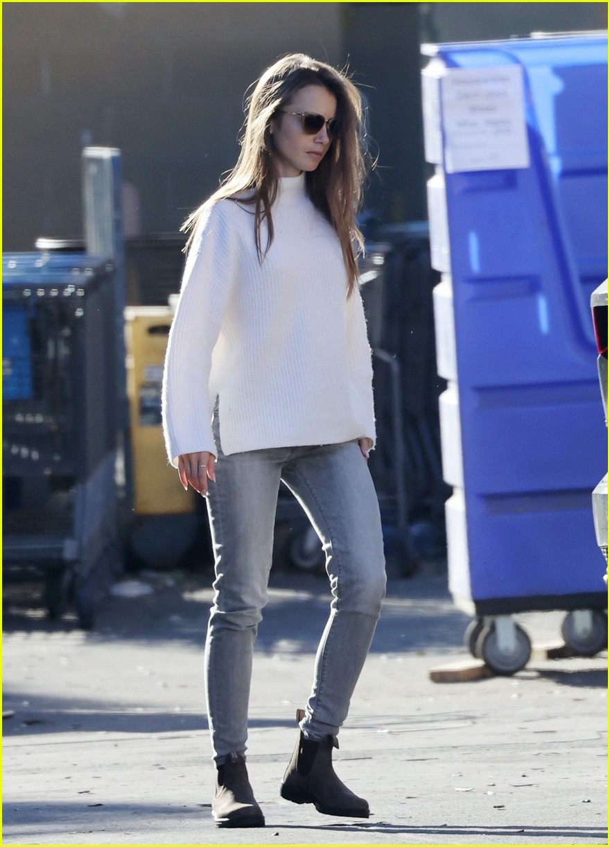 lilly collins recycling 424516640