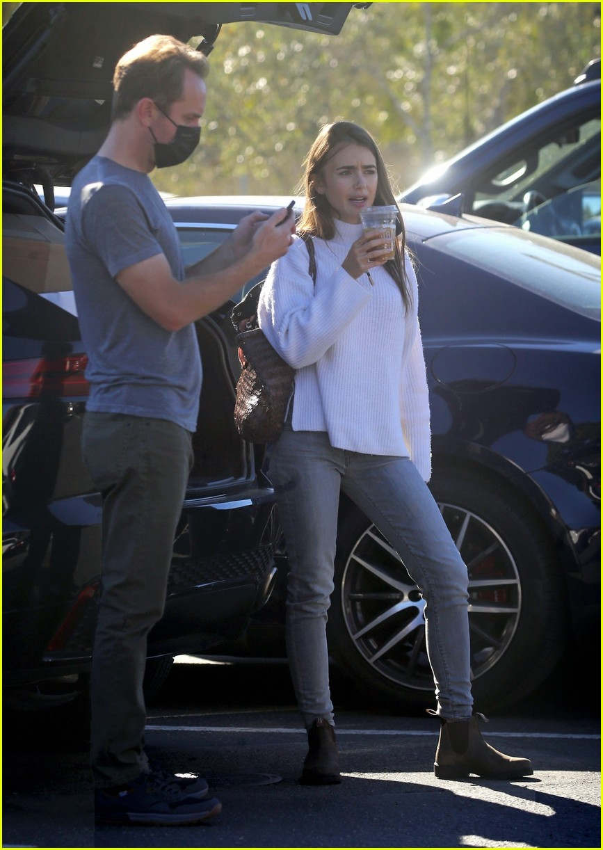 lilly collins recycling 434516581