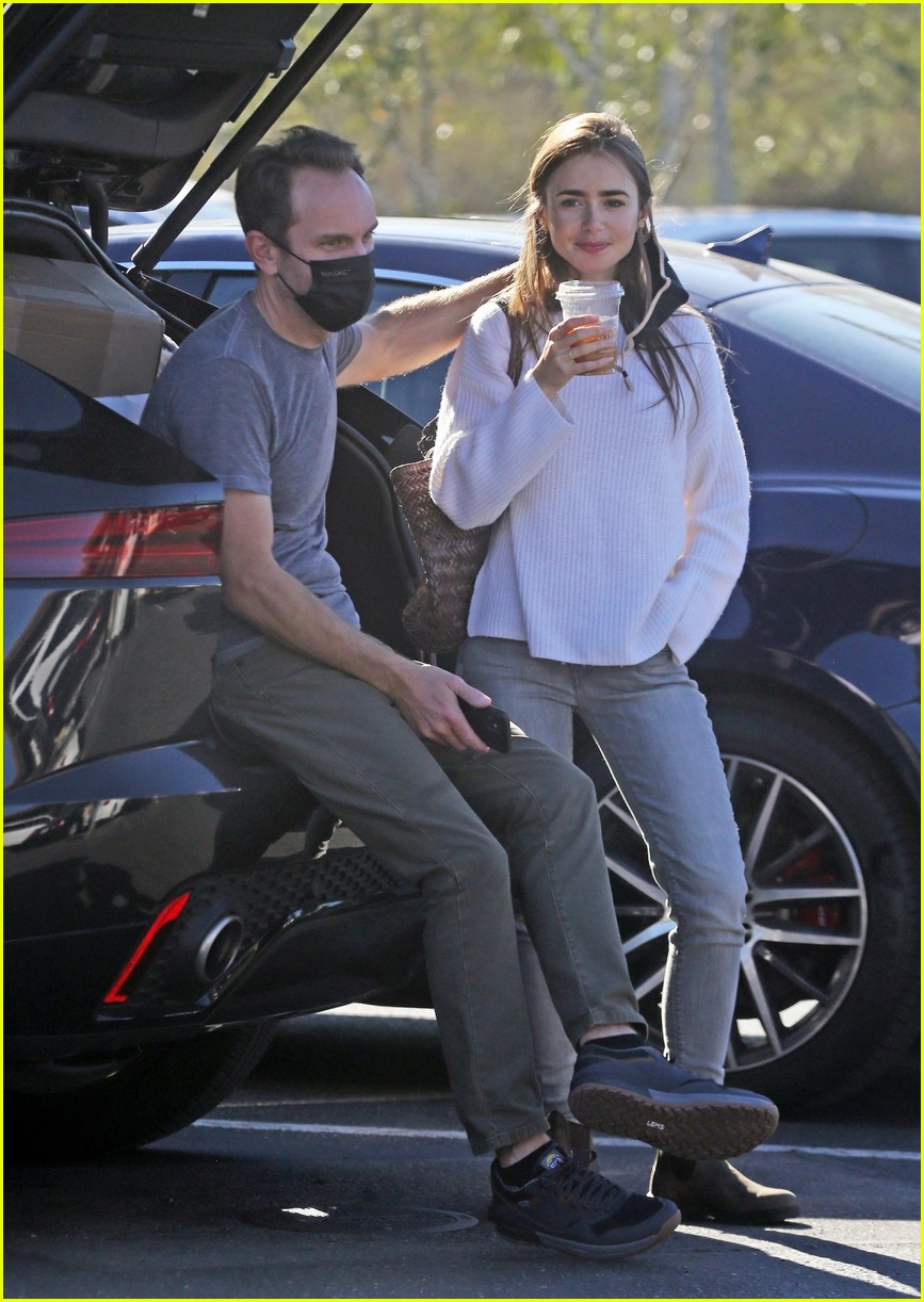 lilly collins recycling 534516651