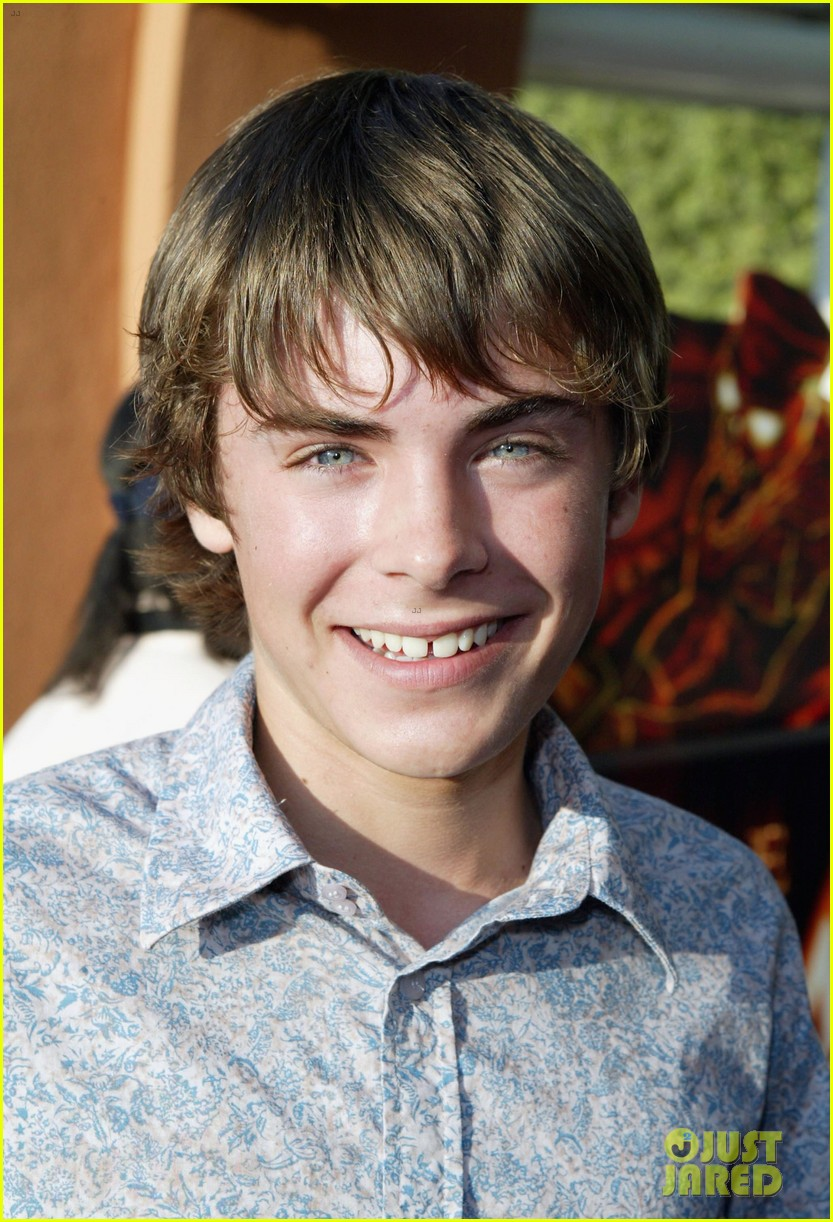 zac efron hottest role 2021 01 54513760