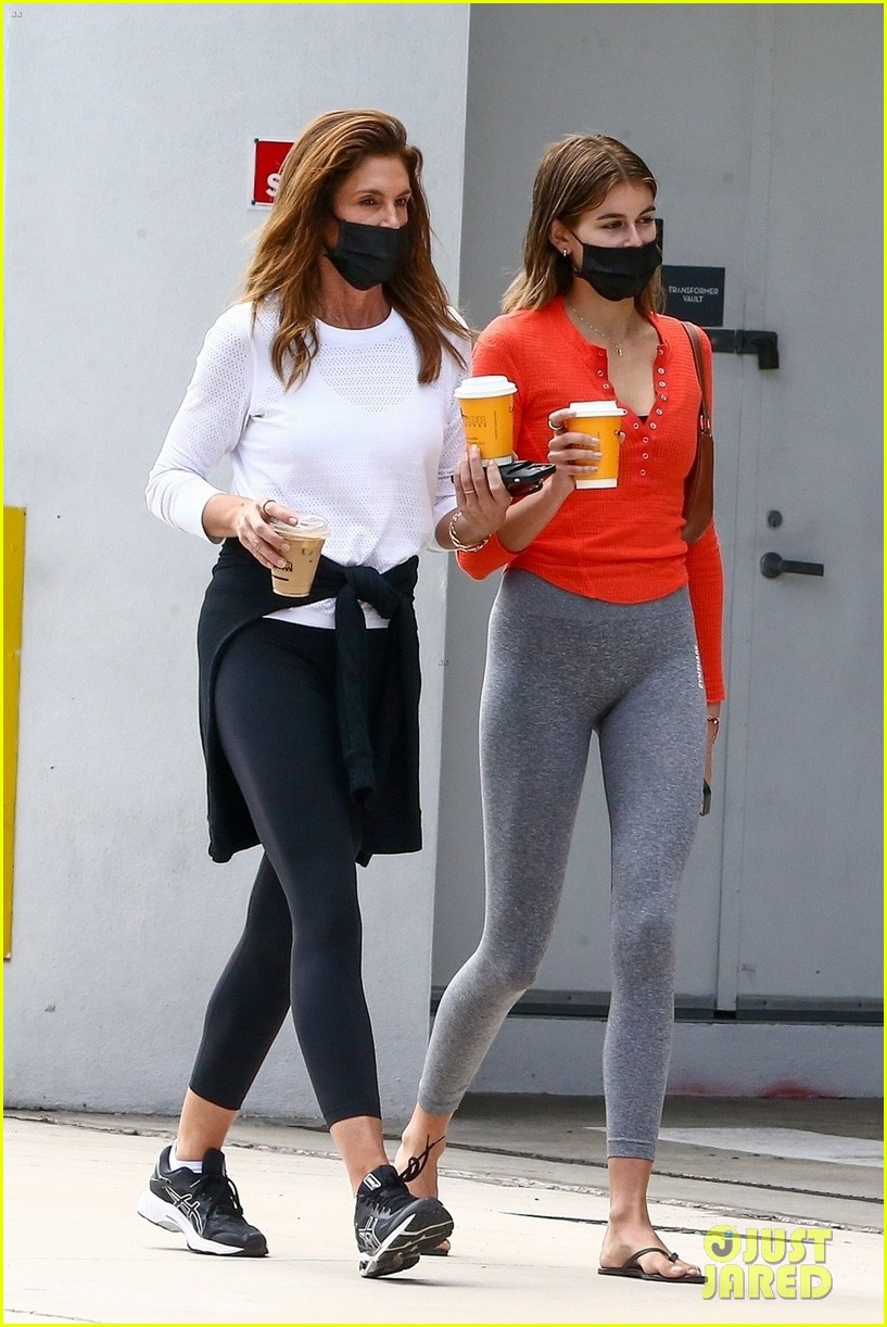 cindy crawford birthday outing with rande kaia gerber 034526370