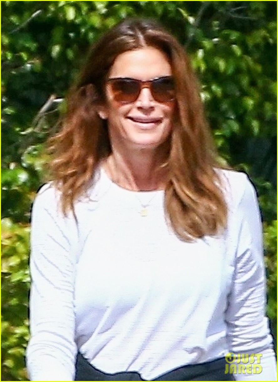 cindy crawford birthday outing with rande kaia gerber 044526371