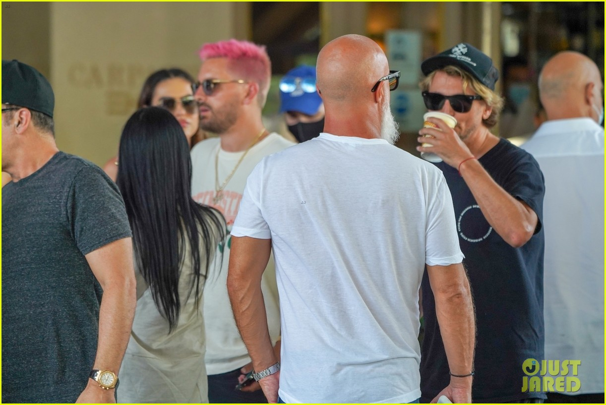 scott disick new pink hair 054526216