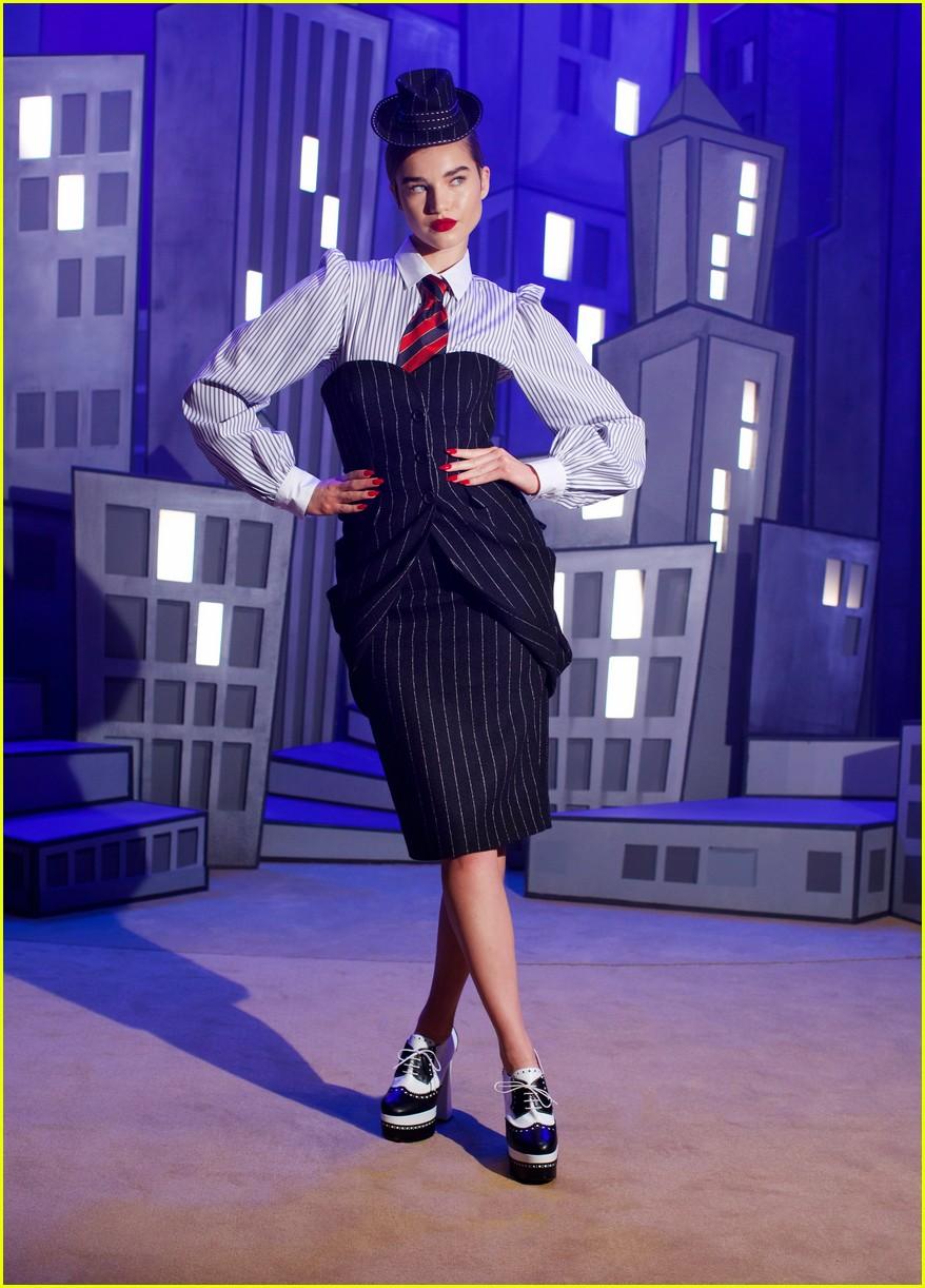 moschino fashion show 034527618