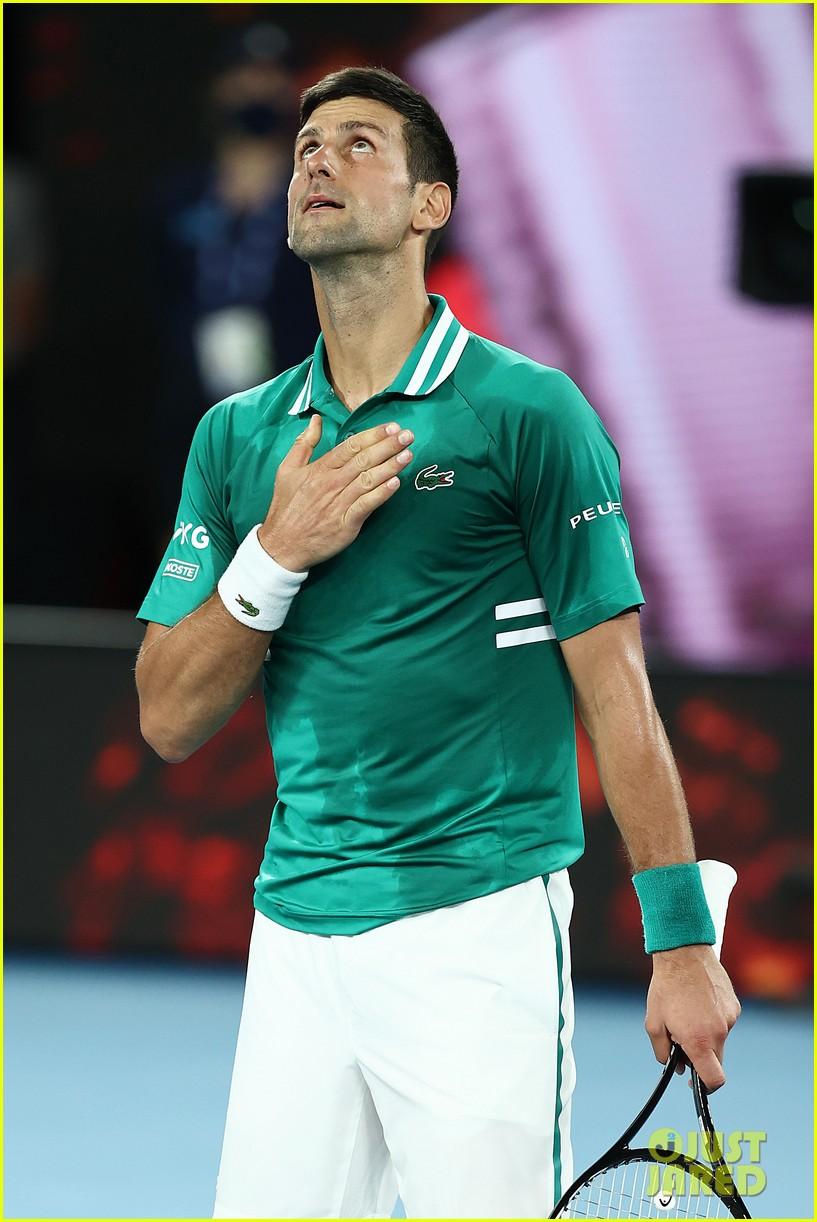 novak djokovic destroys racket 174525250