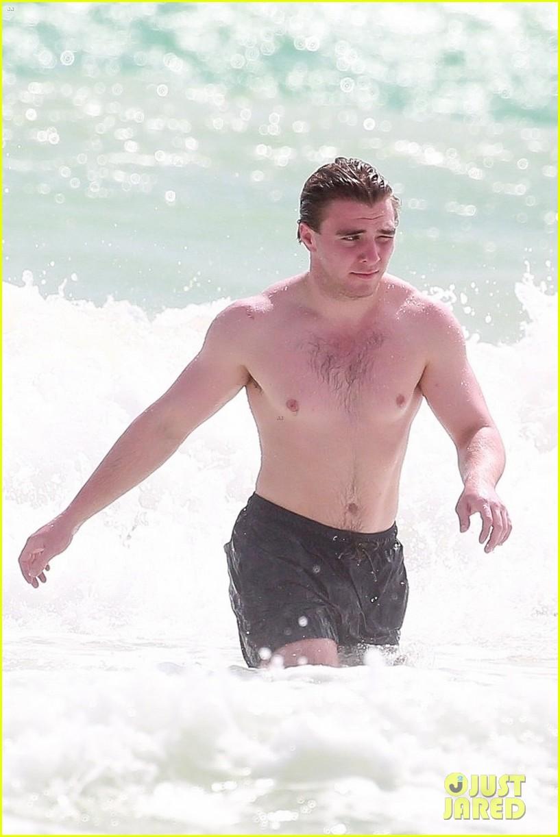 rocco ritchie shirtless beach tulum 064523708