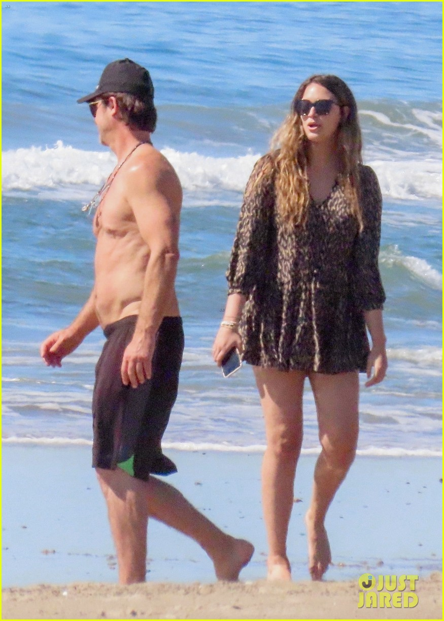 robin thicke goes shirtless for beach day with his family 374526877