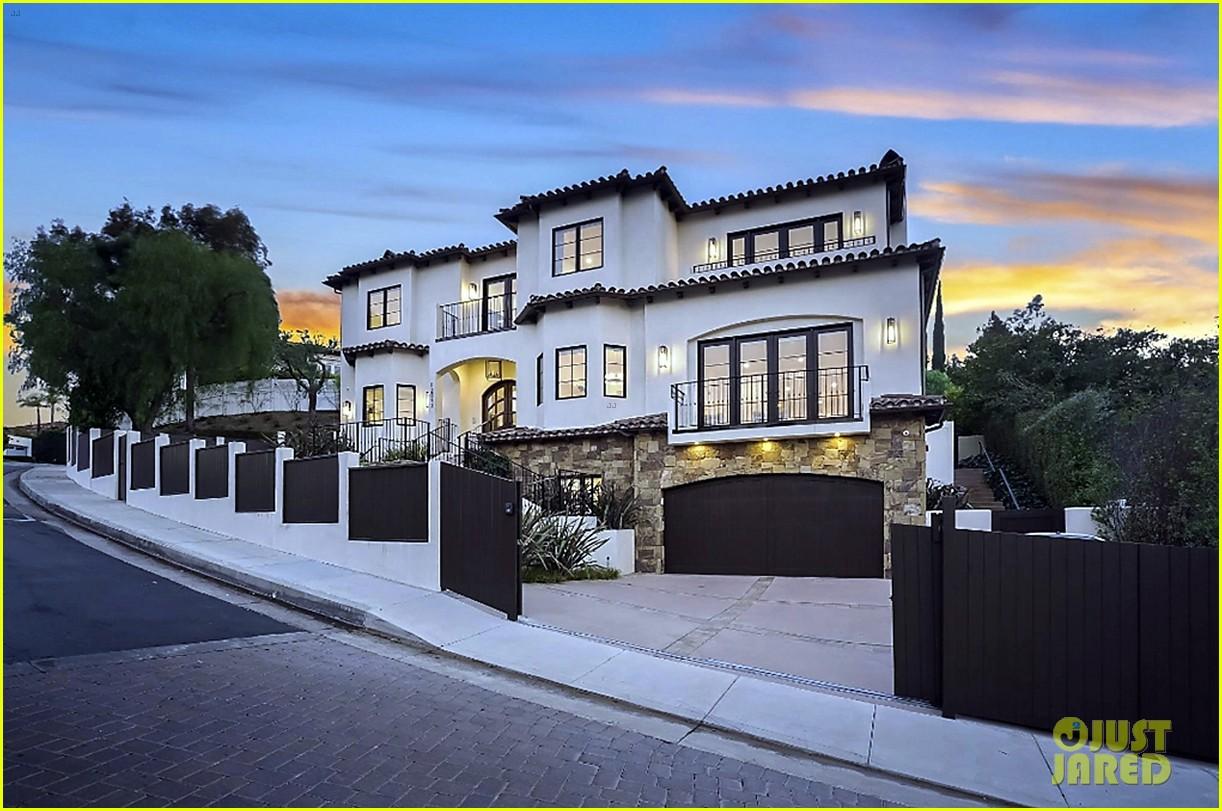 serena williams inside home on market real estate 014531753