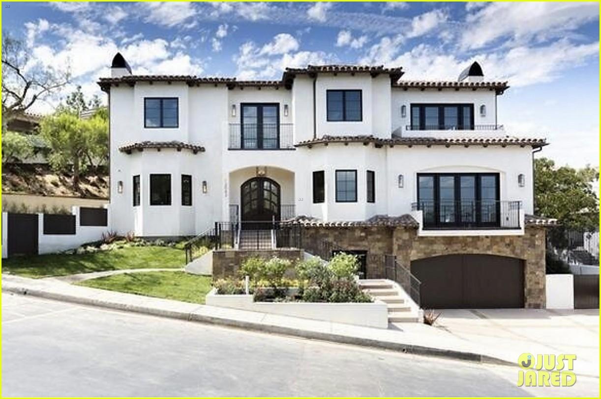 serena williams inside home on market real estate 214531773