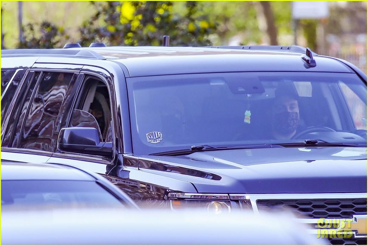 timothee chalamet runs errands lily rose depp waits in car 054539576