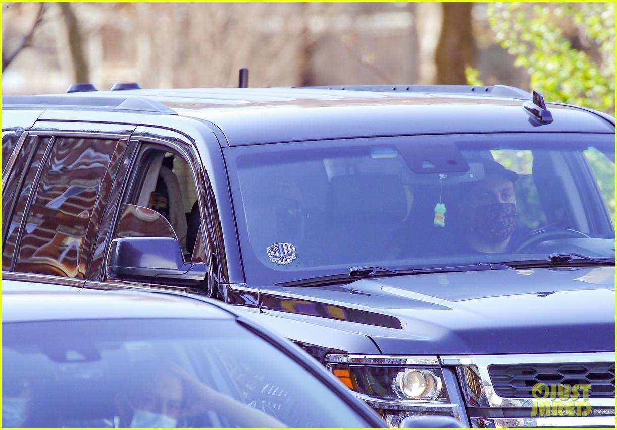 timothee chalamet runs errands lily rose depp waits in car 064539577