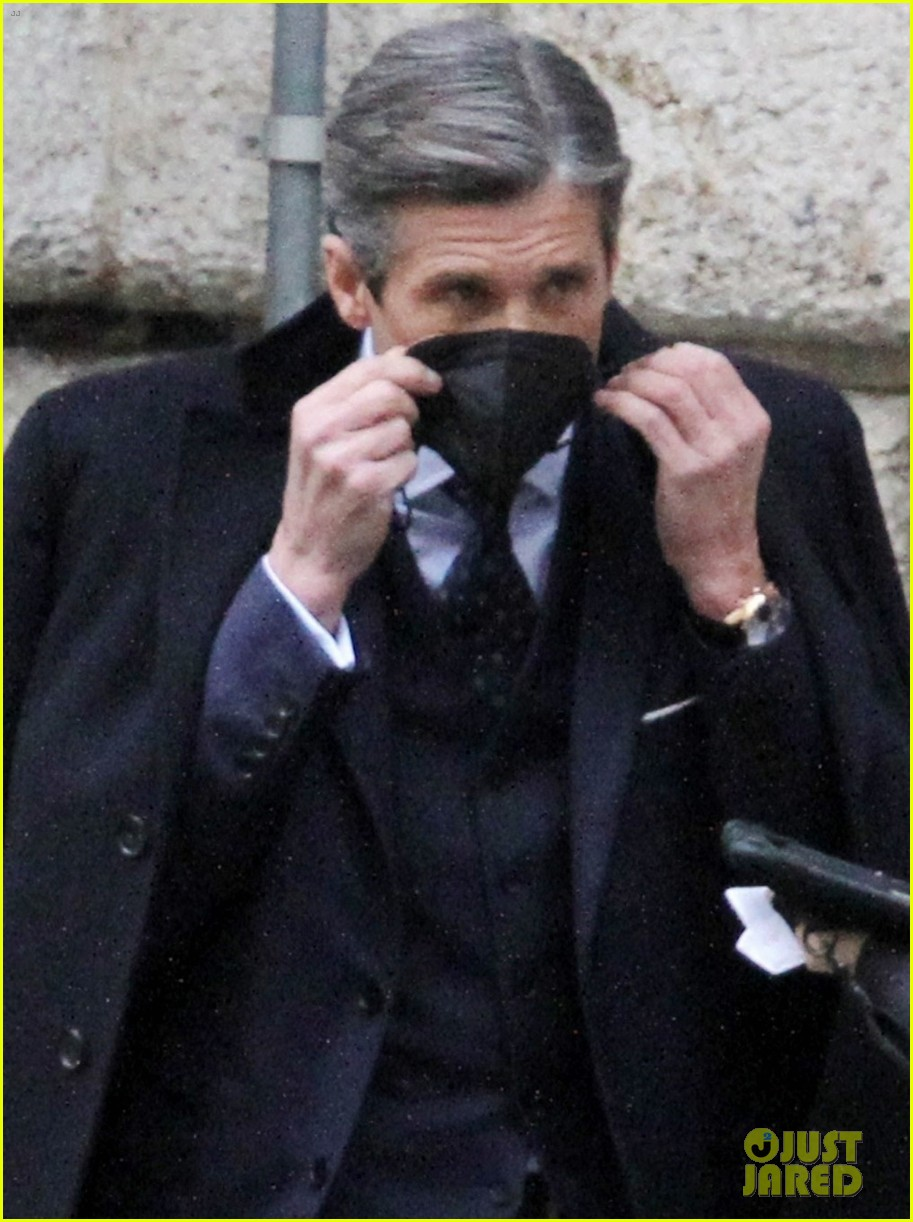 patrick dempsey suits up filming devils season two 054539617