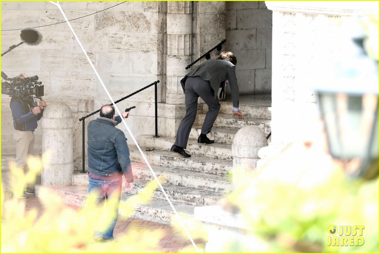 adam driver films maurizio gucci murder scene house of gucci 044542748