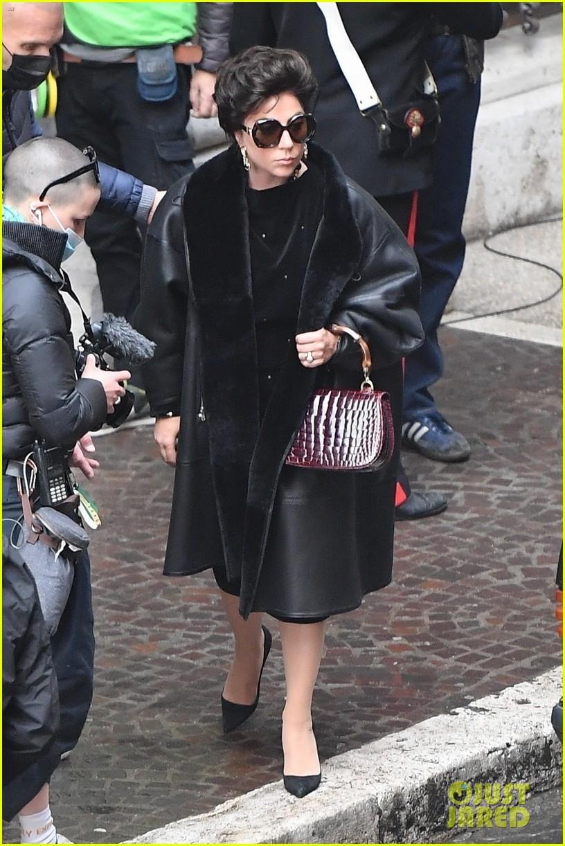 lady gaga gucci set photos black leather coat 014542968