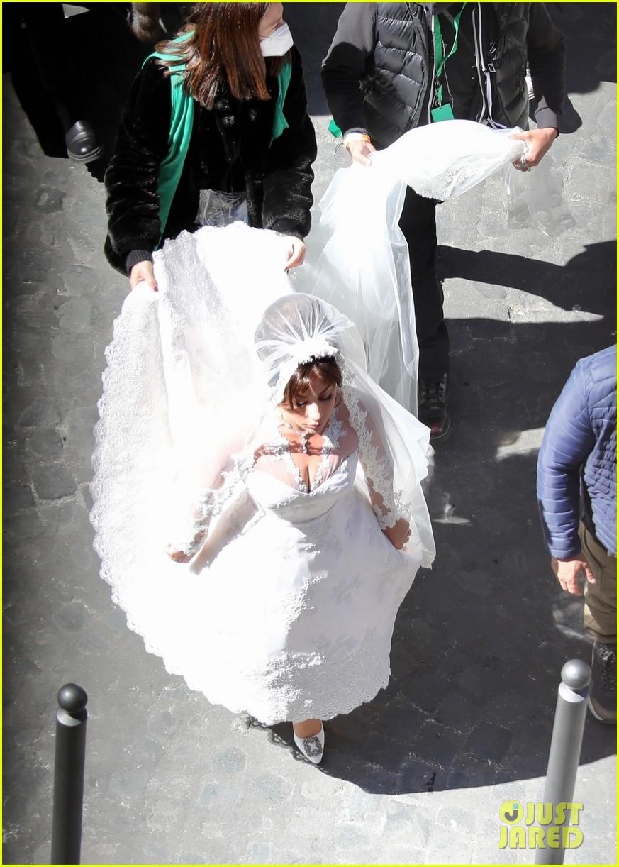 lady gaga house of gucci wedding 024539659