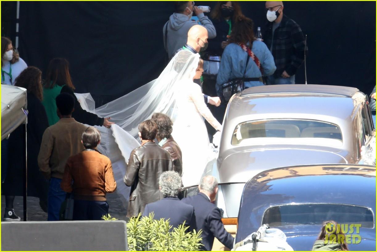 lady gaga house of gucci wedding 084539665