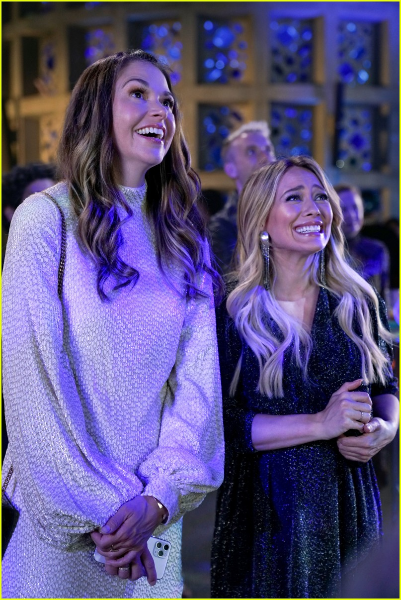 younger final season two stars leave 014542570