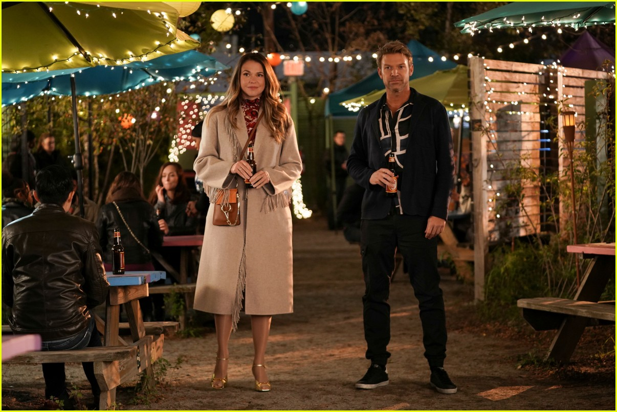 younger final season two stars leave 364542605