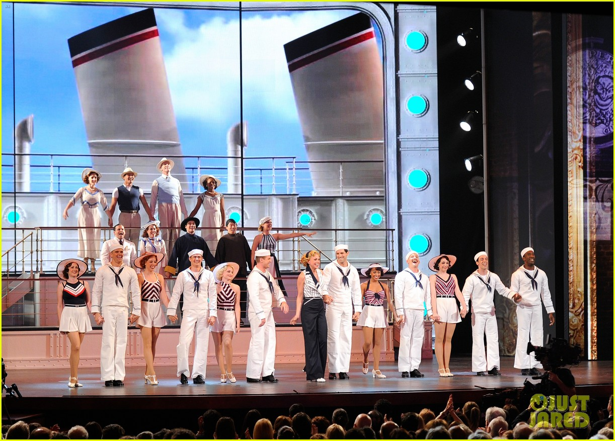 Sutton Foster Will Star in 'Anything Goes' Revival in London Ahead of 'Music Man' on Broadway: Photo 4555358