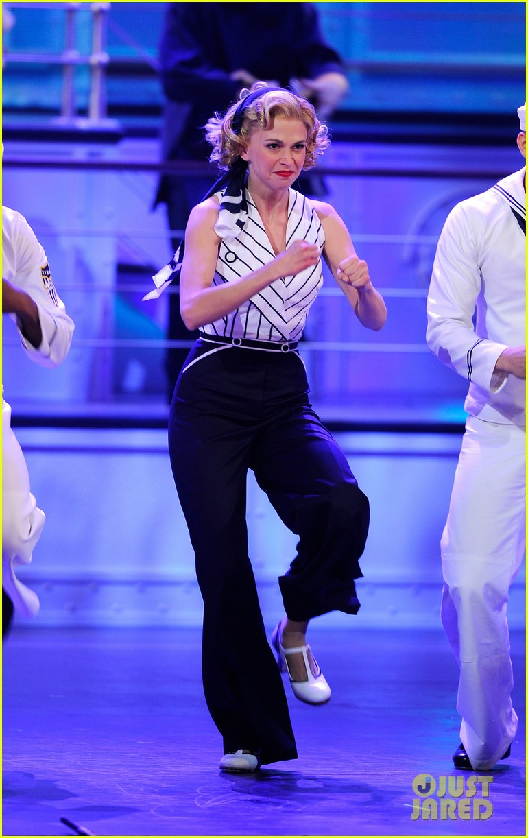 Sutton Foster Will Star in 'Anything Goes' Revival in London Ahead of 'Music Man' on Broadway: Photo 4555362
