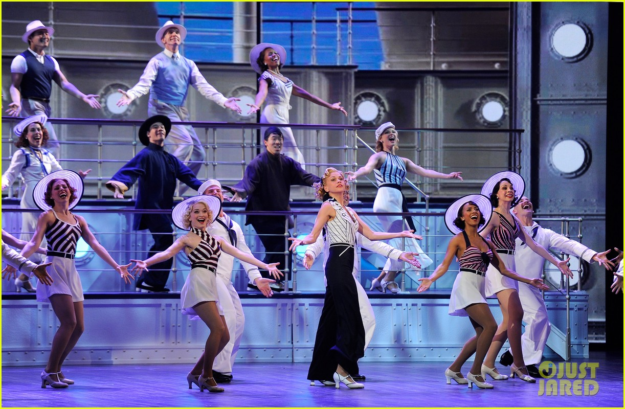 Sutton Foster Will Star in 'Anything Goes' Revival in London Ahead of 'Music Man' on Broadway: Photo 4555363