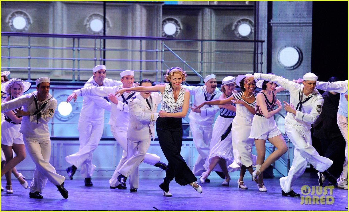 Sutton Foster Will Star in 'Anything Goes' Revival in London Ahead of 'Music Man' on Broadway: Photo 4555364