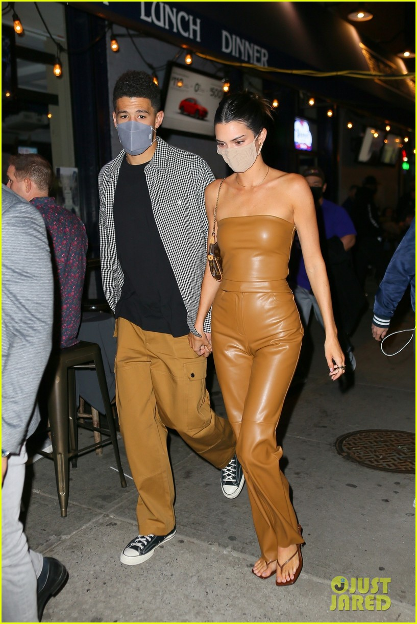 kendall jenner devin booker may 2021 014551019