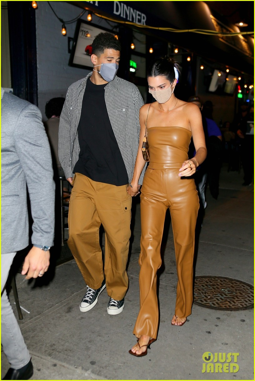 kendall jenner devin booker may 2021 024551020