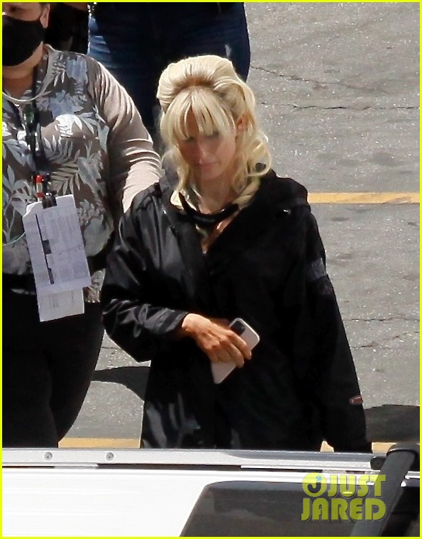 lily james as pamela anderson first set photos 064552166