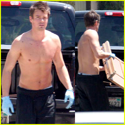 Josh Duhamel Shirtless
