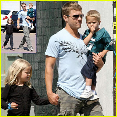 Ryan Phillippe Takes Kids To The Movies