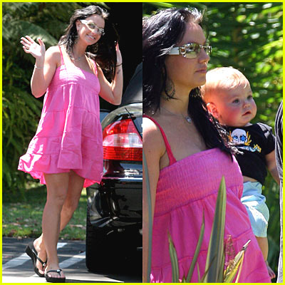 Black Hair Britney Spears Carries Sean P. To The Recording Studio