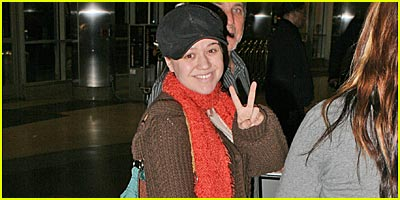 Kelly Clarkson Dresses Down