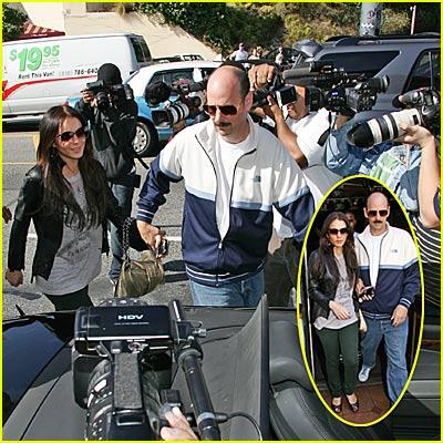 Lindsay Lohan Causes Photo Frenzy