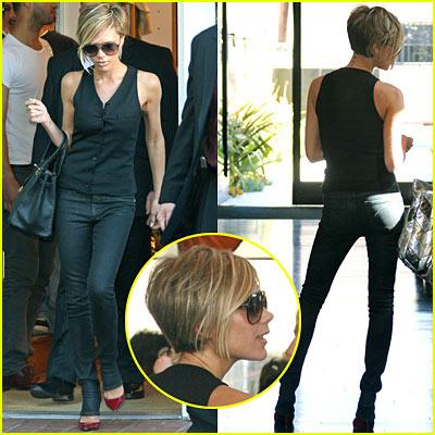 Victoria Beckham Goes Blonde!